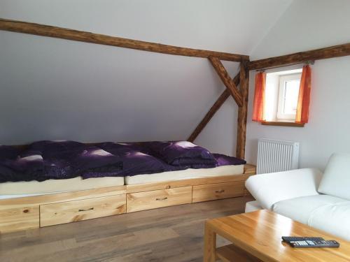 Velká postel pro 4+ osoby